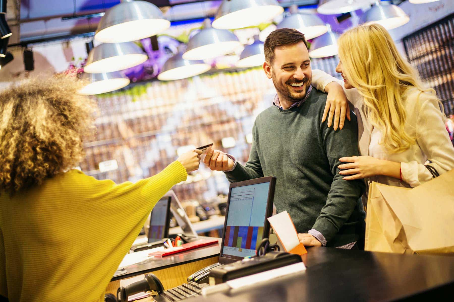 What's the Difference Between Customer Service and Customer Experience?